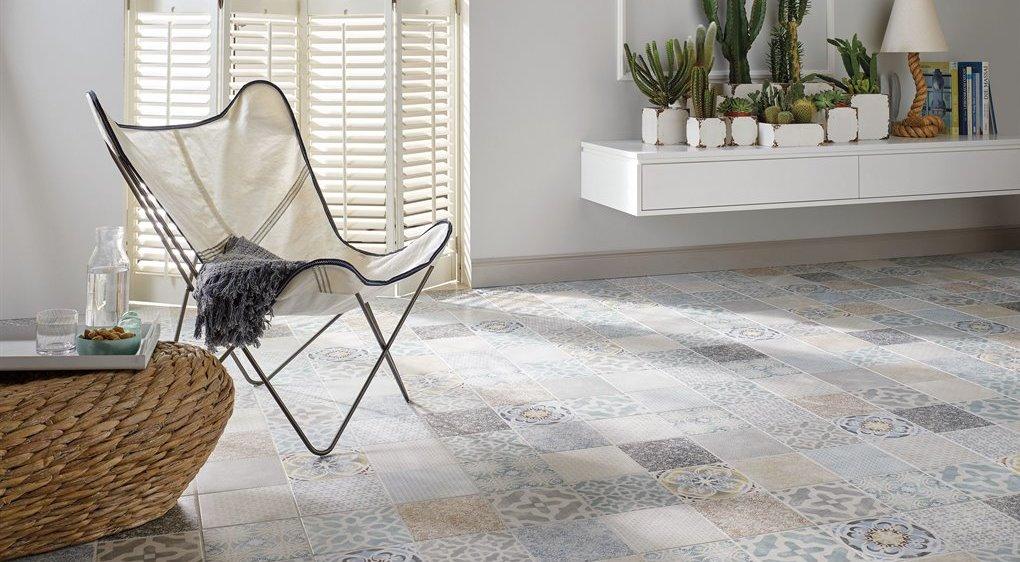 Bodenbelag Und Heizung Fußbodenheizungen Und Wärmeleitender Belag